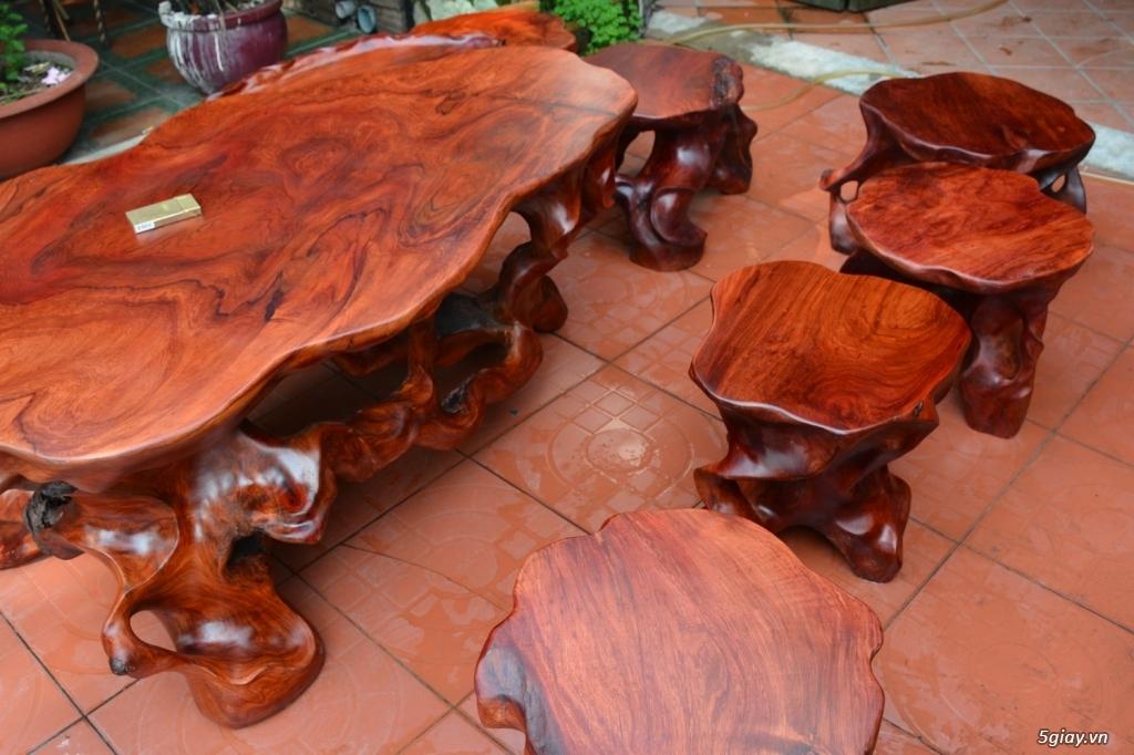 Kết quả hình ảnh cho bàn ghế gốc cây