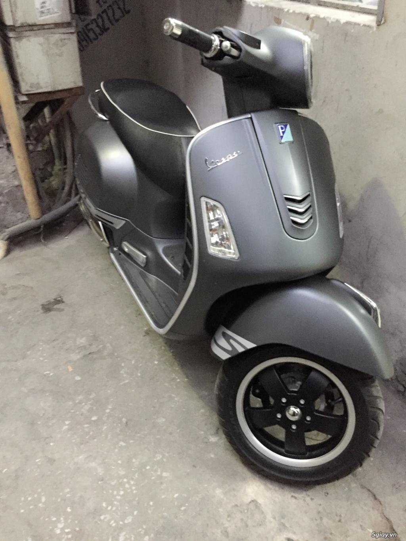 Cần bán xe Vespa GTS màu ghi 2014