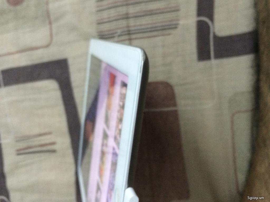 Lên tiếp ipad 3 trắng 4G wifi 98.5% giá chỉ 3 triệu mấy - 2