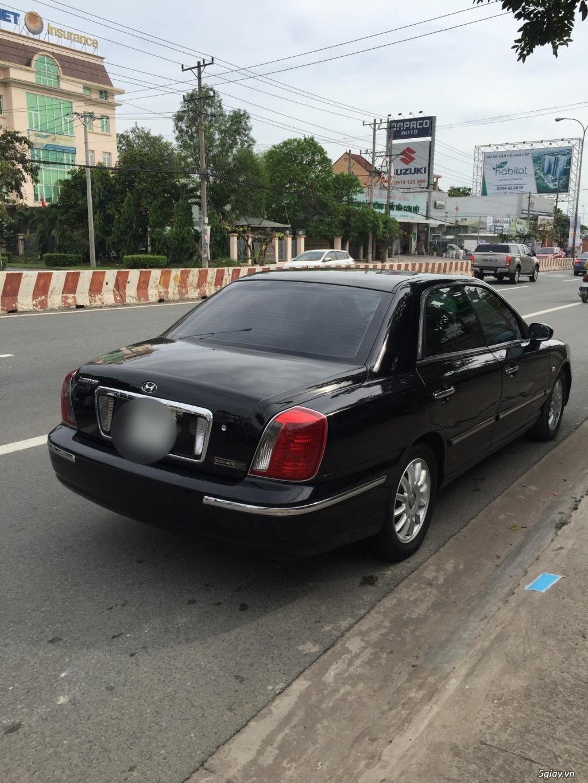 Hyundai XG-300 màu đen limited - 4