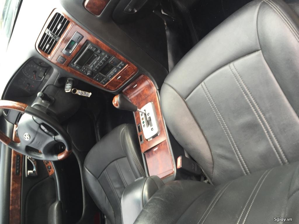 Hyundai XG-300 màu đen limited - 1