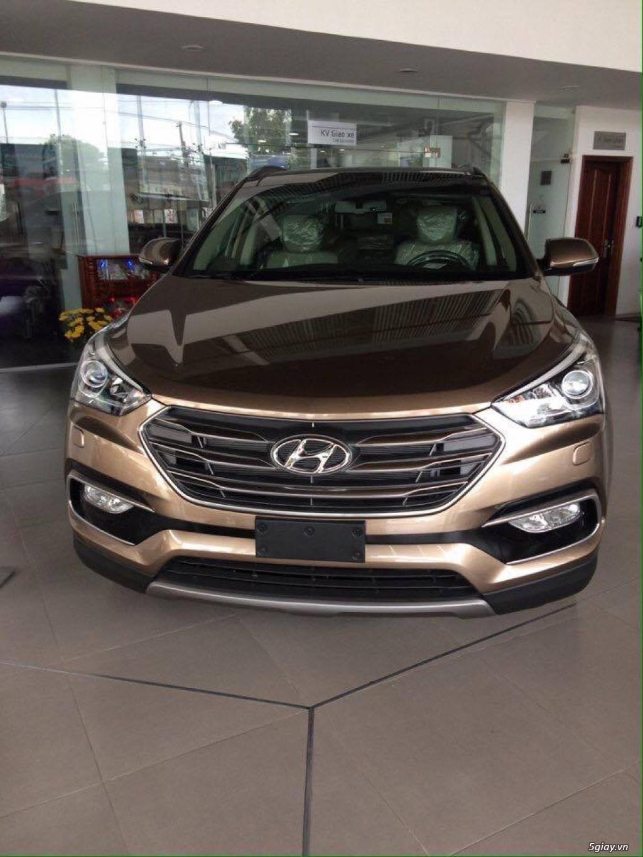 Hyundai Santafe 2016 . Gói Khuyến lớn Giá trị lên đến 40 triệu !!!!