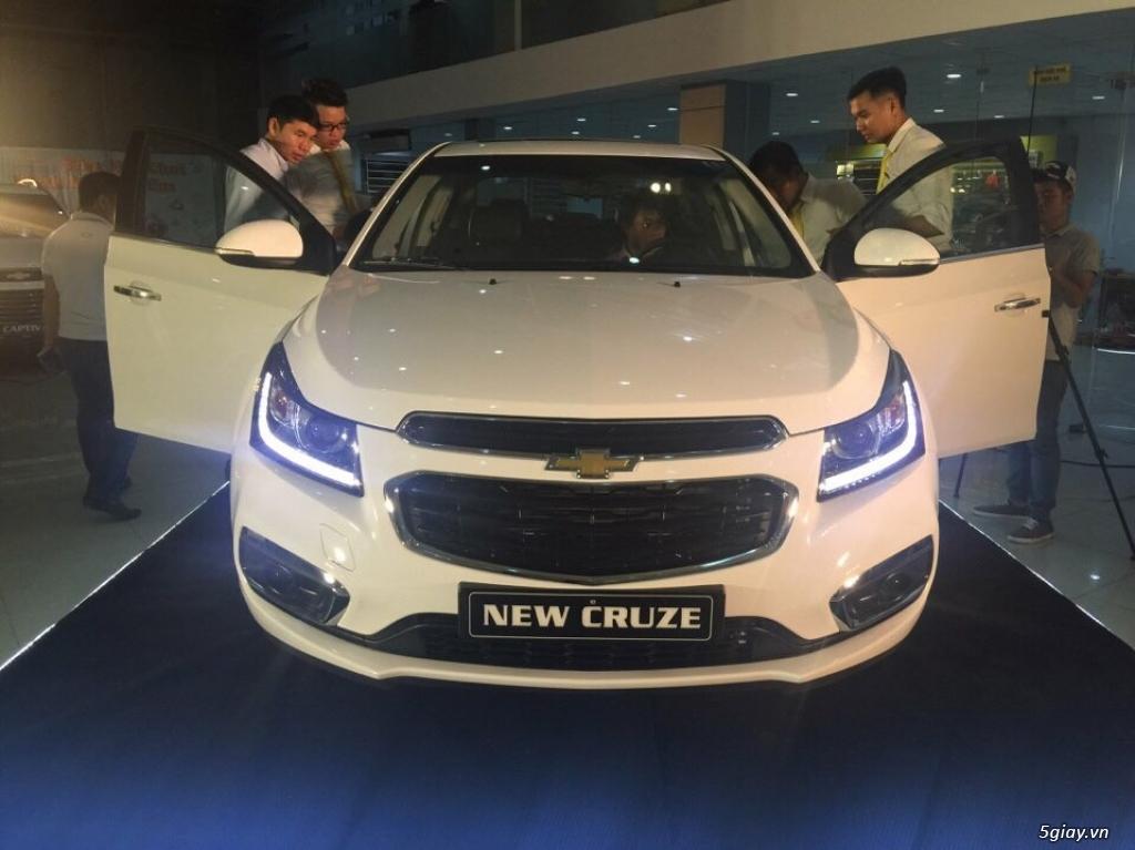 Bán xe Chevrolet Cruze 2017 giá rẻ nhất Tp.hcm - 3