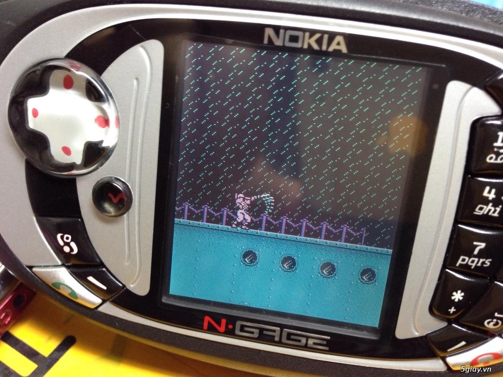 Ngage QD trở về tuổi thơ với game 4 nút - 1