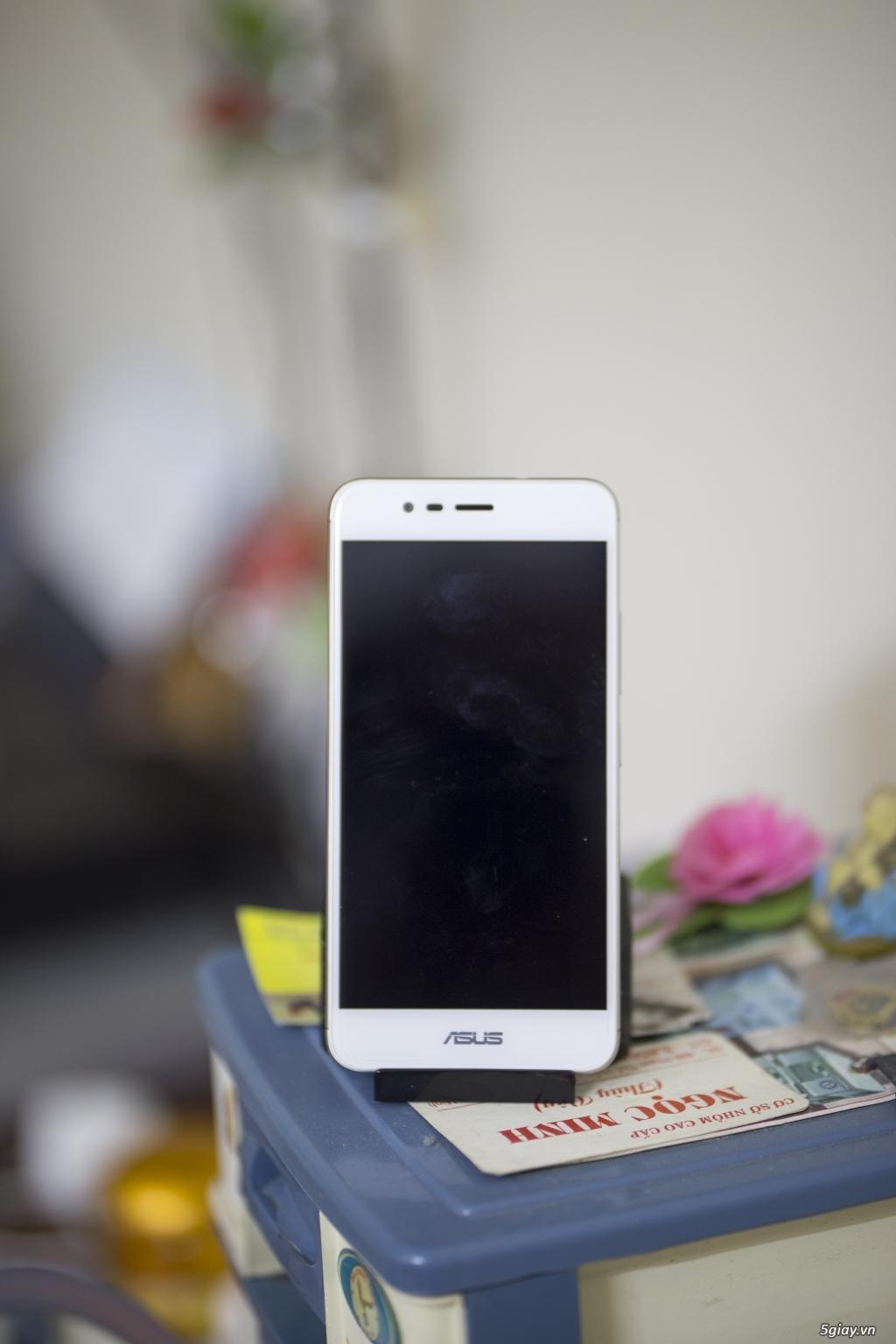 Asus Zenfone 3 Max màu trắng - 1