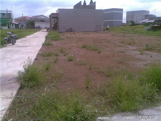 Bán đất đối diện chợ ao đông, sổ đỏ chính chủ,giá rẻ