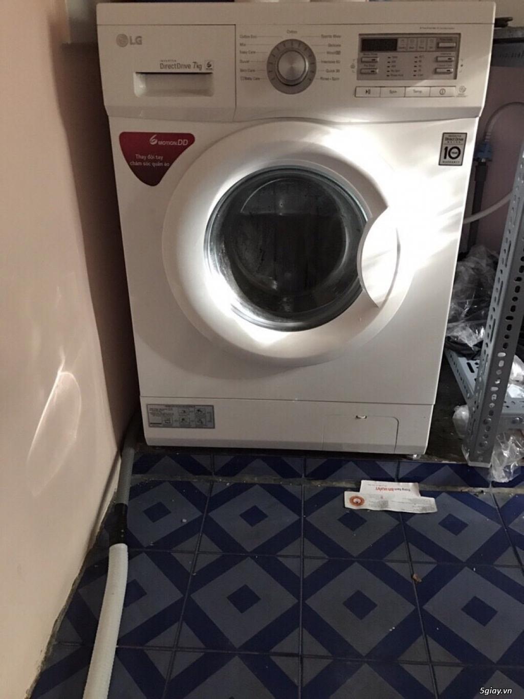 Để giá rẻ lại cho các bạn, 1 máy giặt LG WD-9600 7kg và 1 tủ lạnh LG G - 1