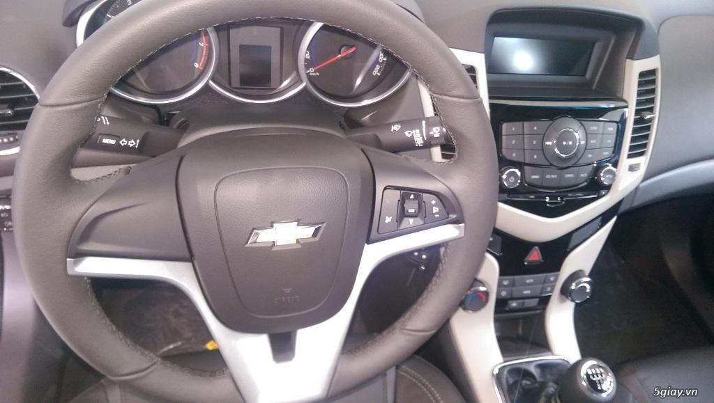 Chevrolet Cruze LT mới giá rẻ nhất SG - Vay đến 90% giá trị xe - 5
