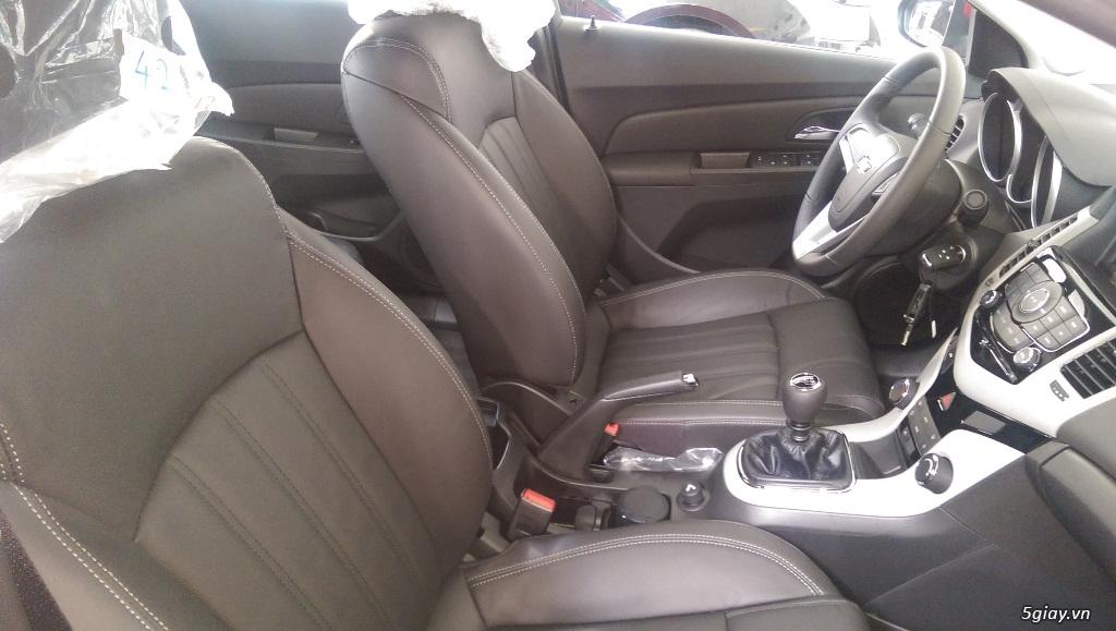 Chevrolet Cruze LT mới giá rẻ nhất SG - Vay đến 90% giá trị xe - 6