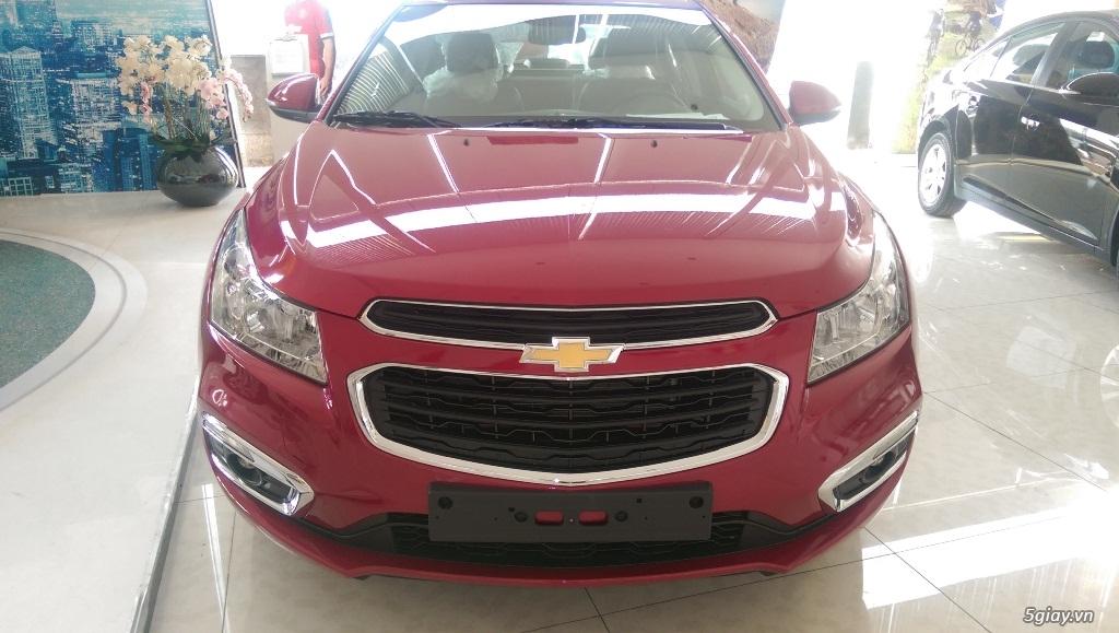 Chevrolet Cruze LT mới giá rẻ nhất SG - Vay đến 90% giá trị xe