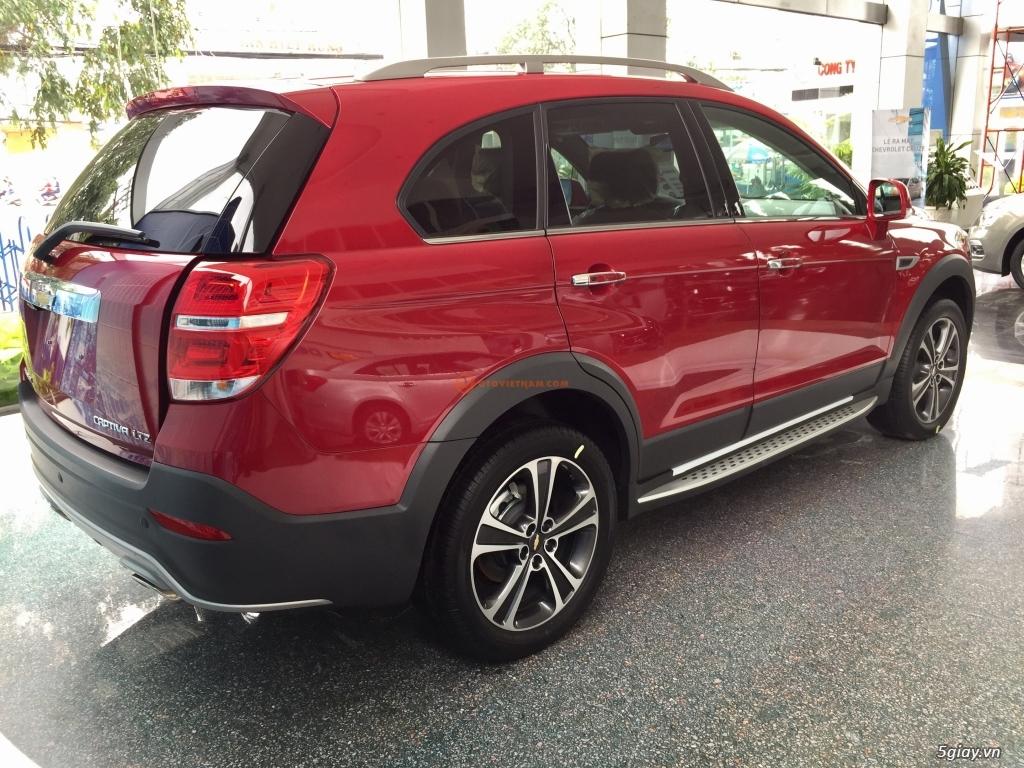 Chevrolet Captiva Revv 2017, vay đến 90%, giao xe ngay, đủ màu