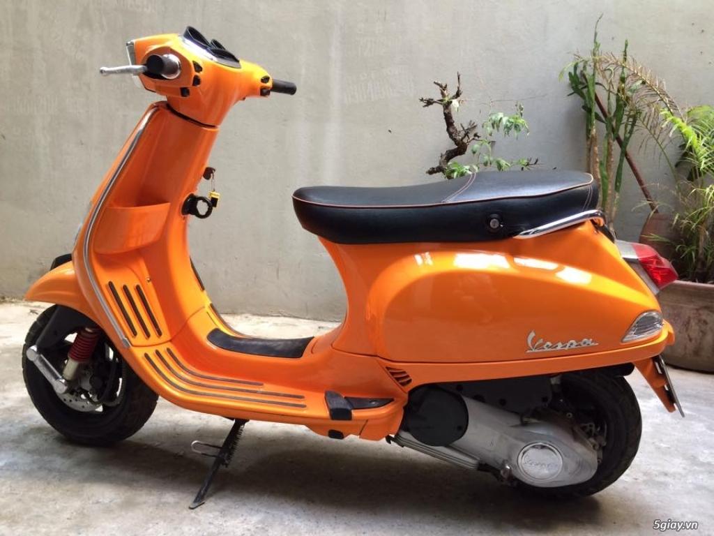 Cần bán xe Vespa S màu cam 125 3vie 2013 - 1