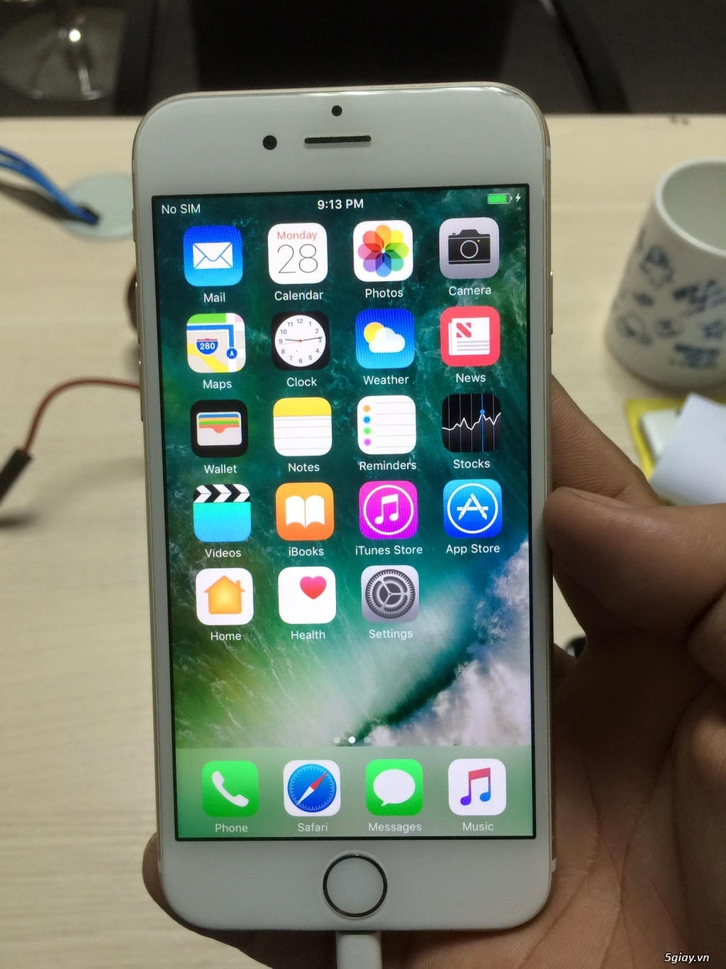 Iphone 6 16G  GOLD - 3