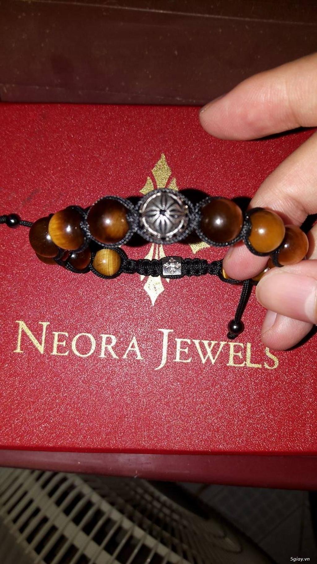 Vòng đeo tay phong thủy Neora - 1