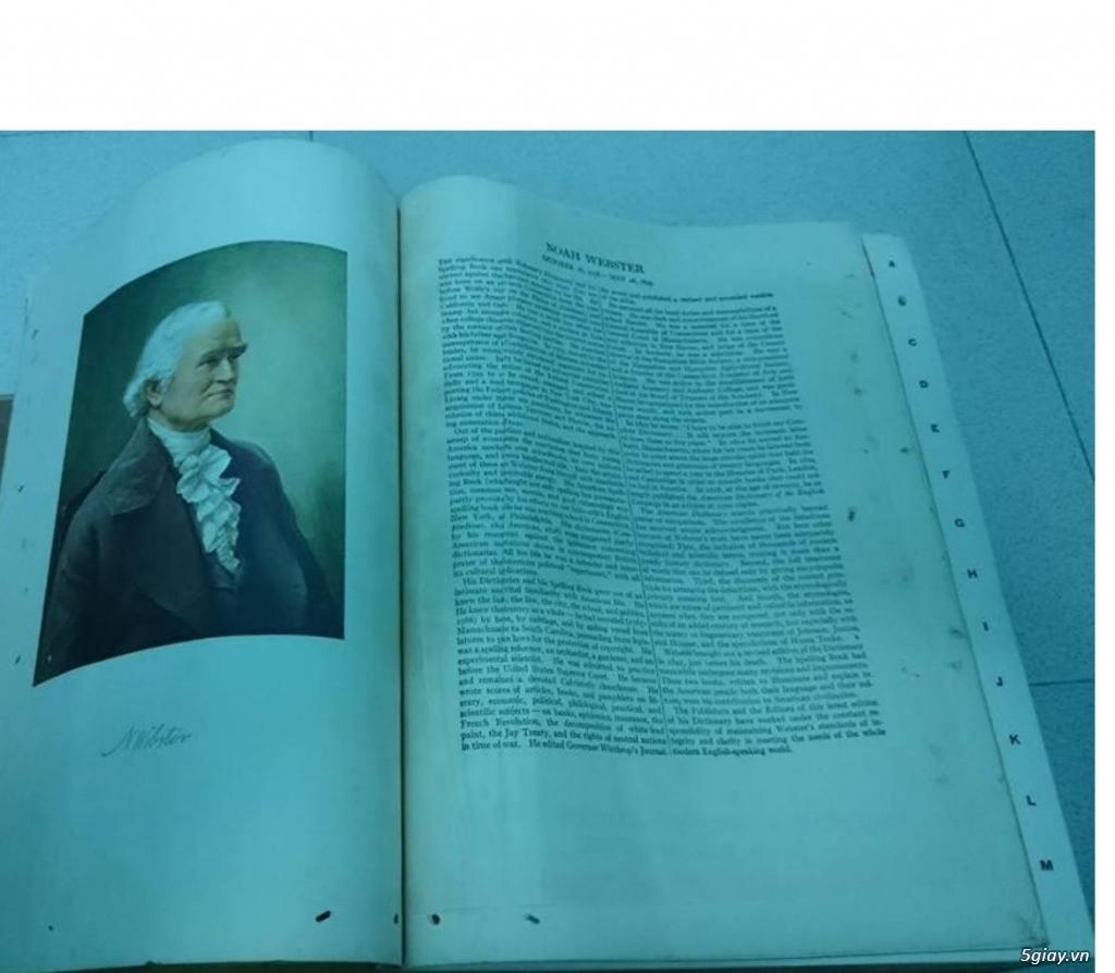 Bán từ điển Webster's nặng 5kg - 1,5 triệu - 2