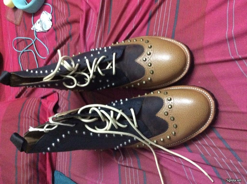 Ban giày dr co cao