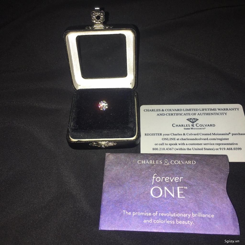 Cần bán 1 viên KC Moissanite ForeverOne 7,5mm*E-F