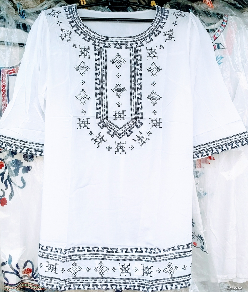 Thời trang nữ trung niên CHÂU( đợt 30): Tuyển tập mẫu áo font vừa, dài - 4