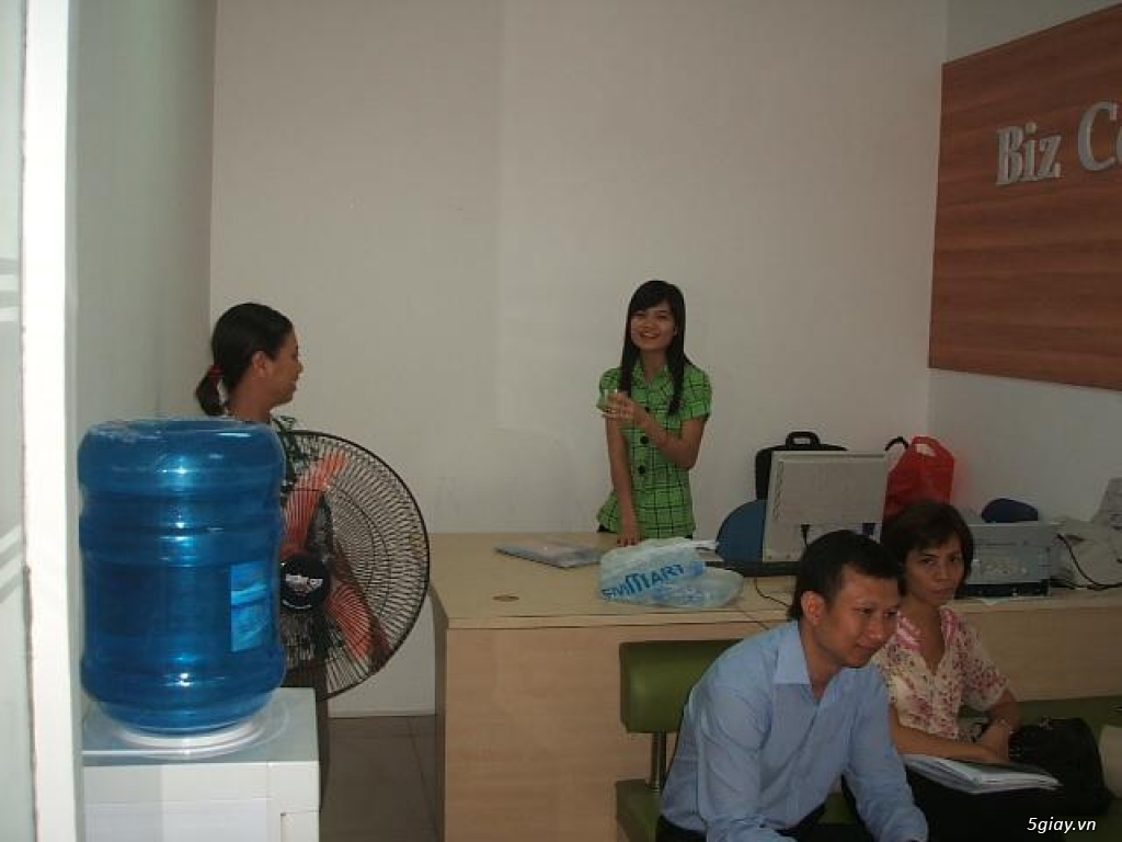 Văn phòng làm việc giá rẻ - 4