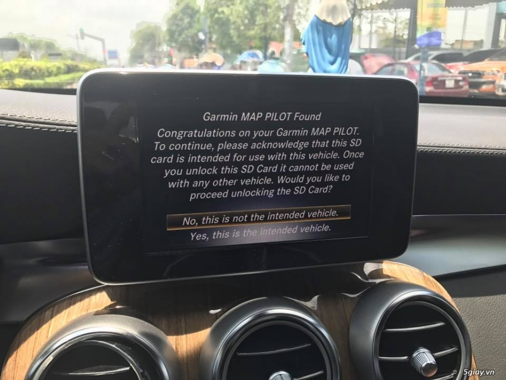 GARMIN Map Pilot SD Card cho xe Mercedes - 1