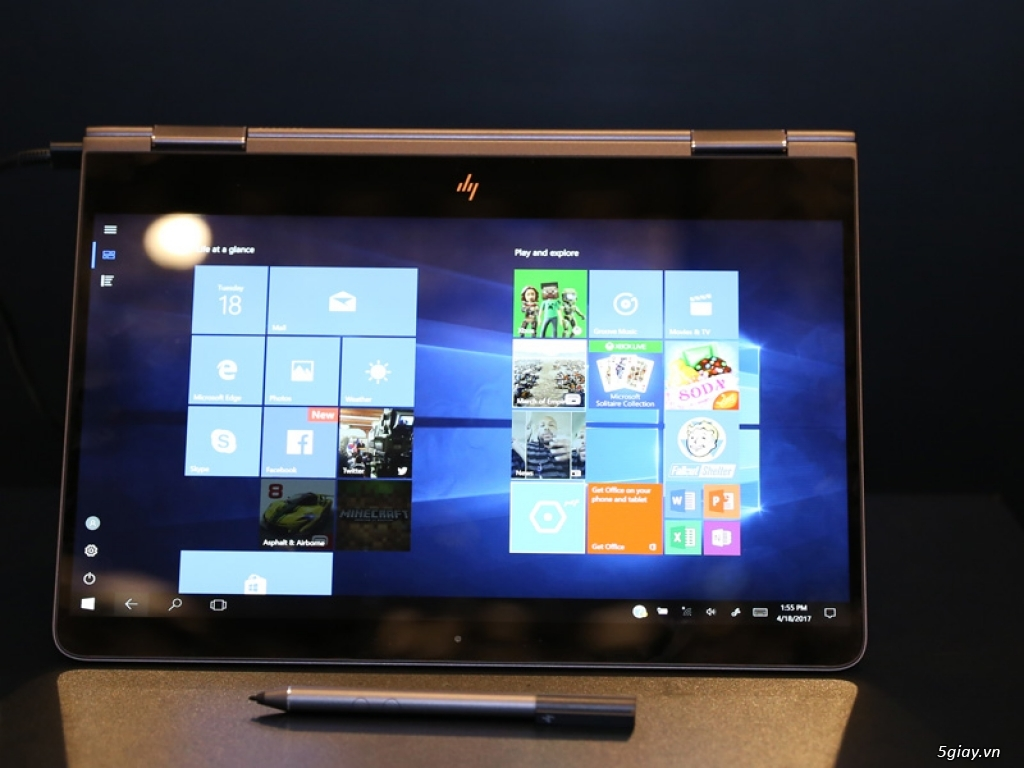 HP ra mắt laptop Spectre xoay - gập X360 giá khoảng 42 triệu đồng - 185125