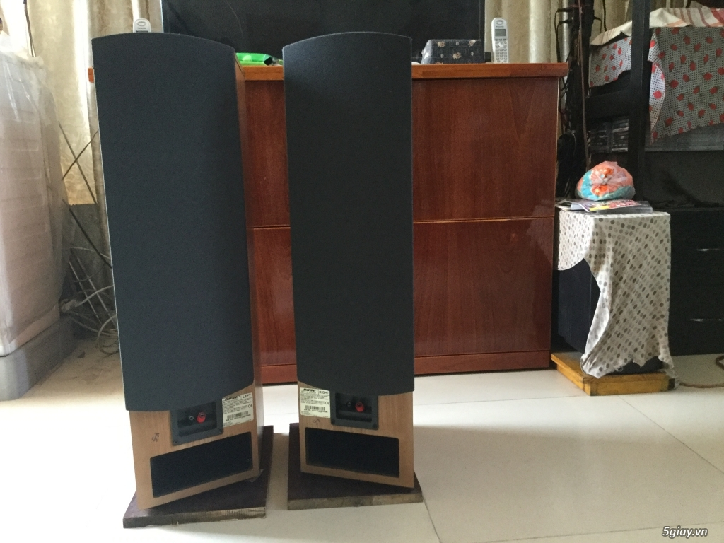 Bose 601 series IV Made in CANADA mới 95%....