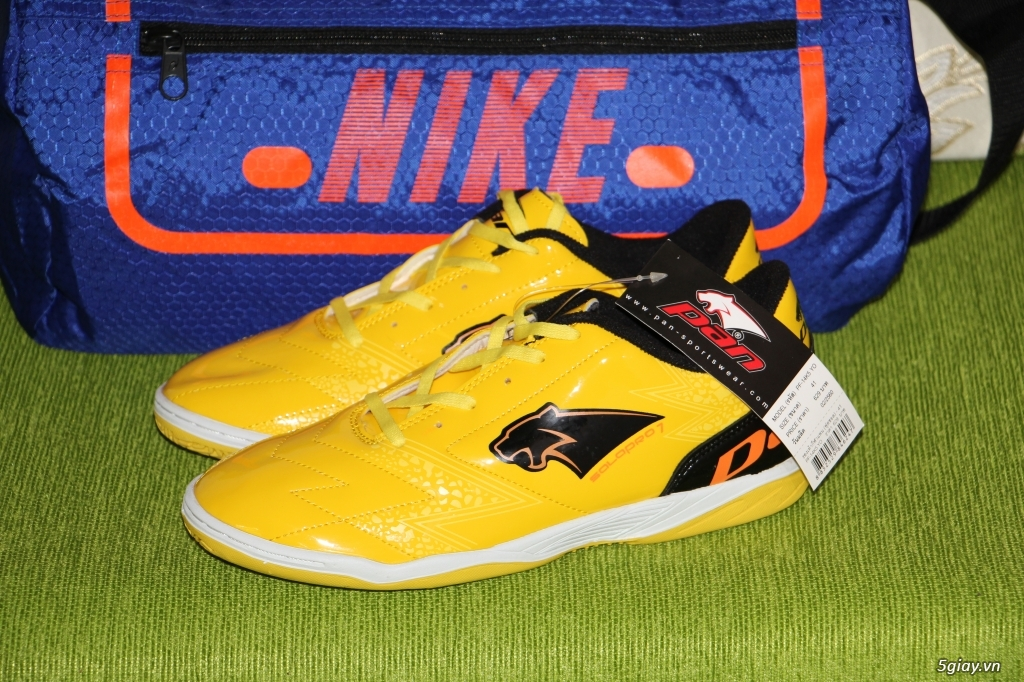 Giày PAN Salapro dành cho futsal và sân cỏ nhân tạo - 1