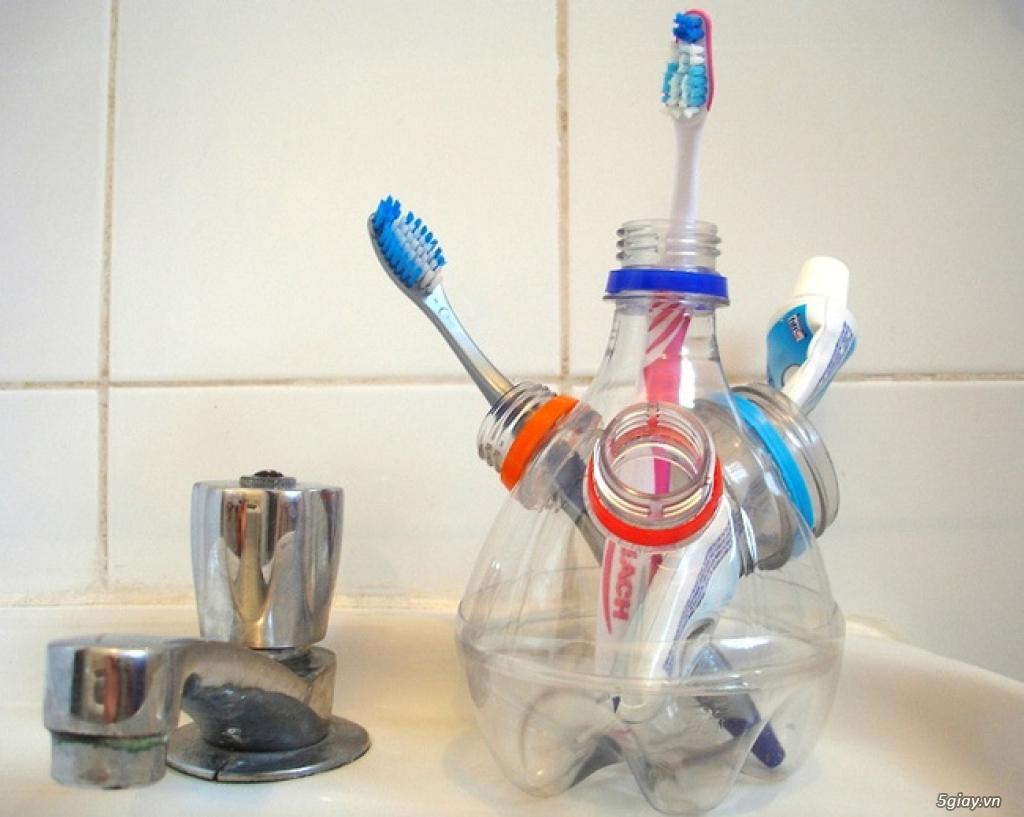 10 cách tái chế hoàn hảo để cất giữ bàn chải đánh răng