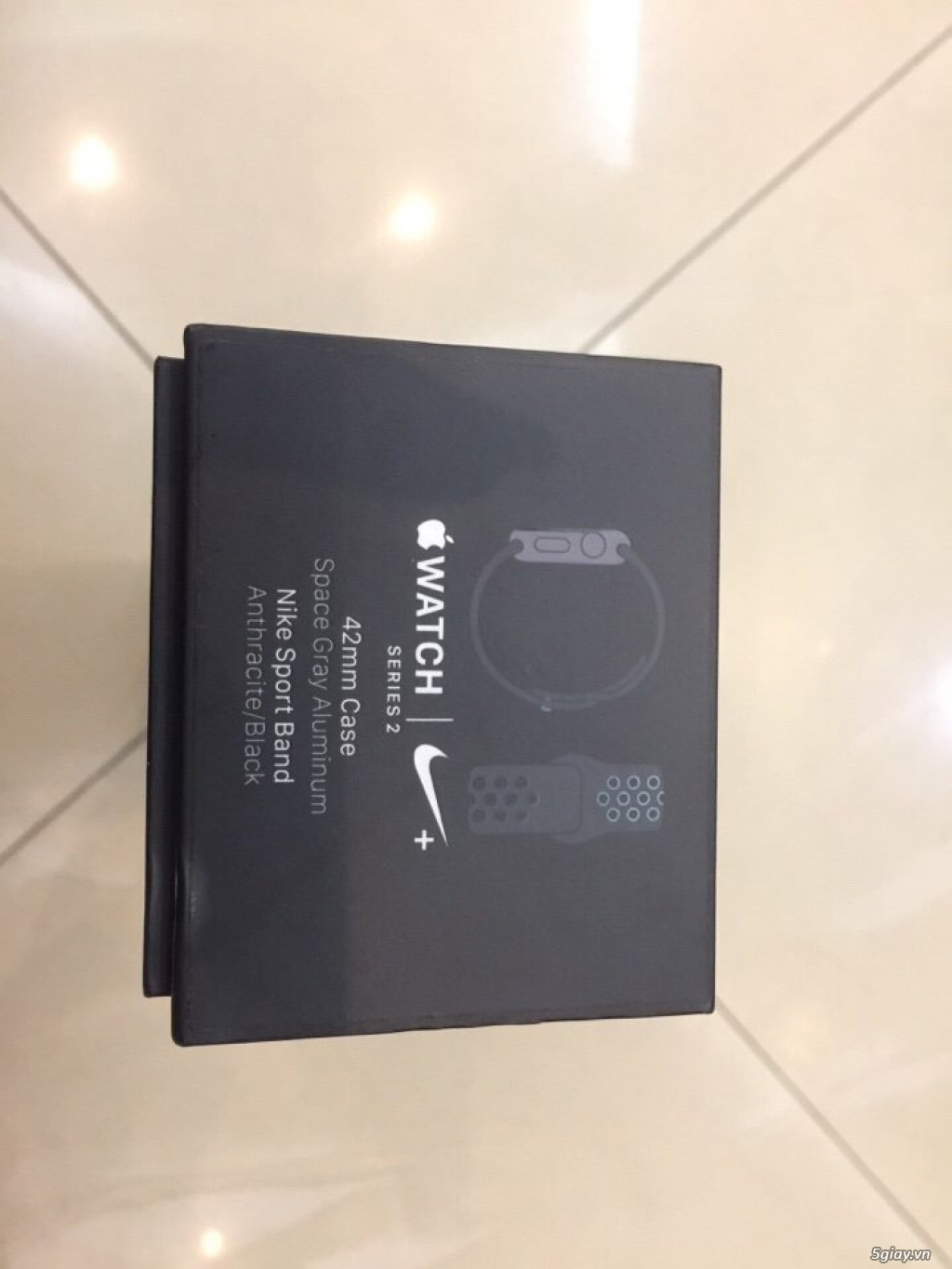AppleWatch Series 2 42mm Space Gray Aluminum Nike Sport Band - 1