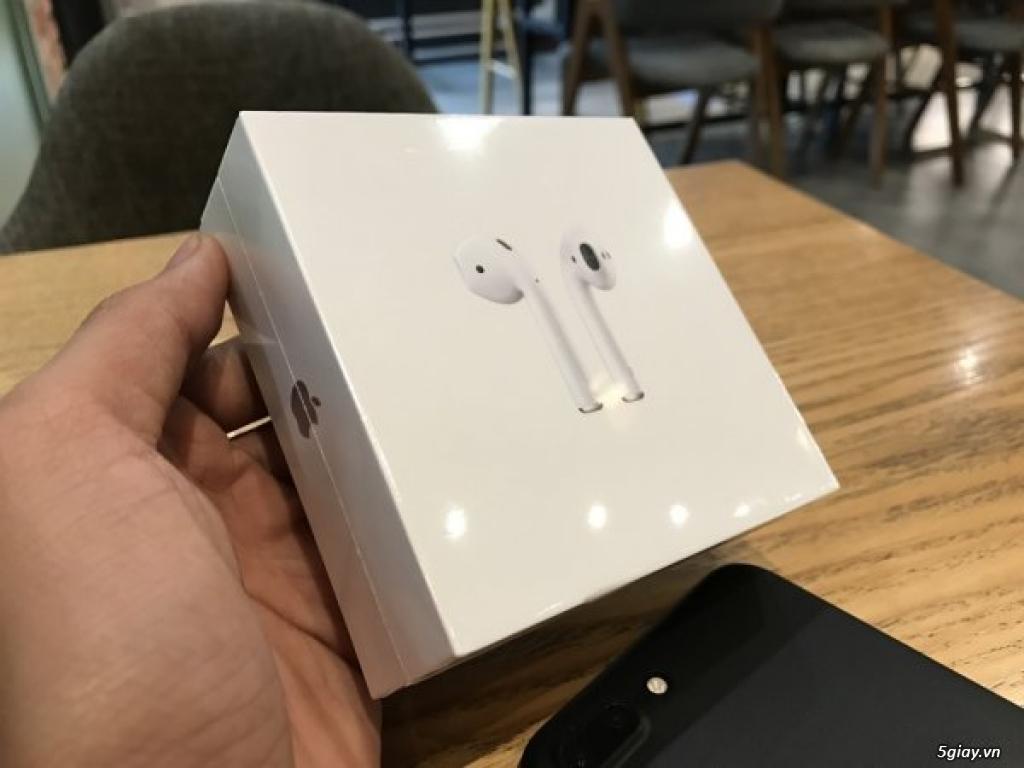 Tai nghe không dây Apple Airpods xách tay bên Mỹ new 100%