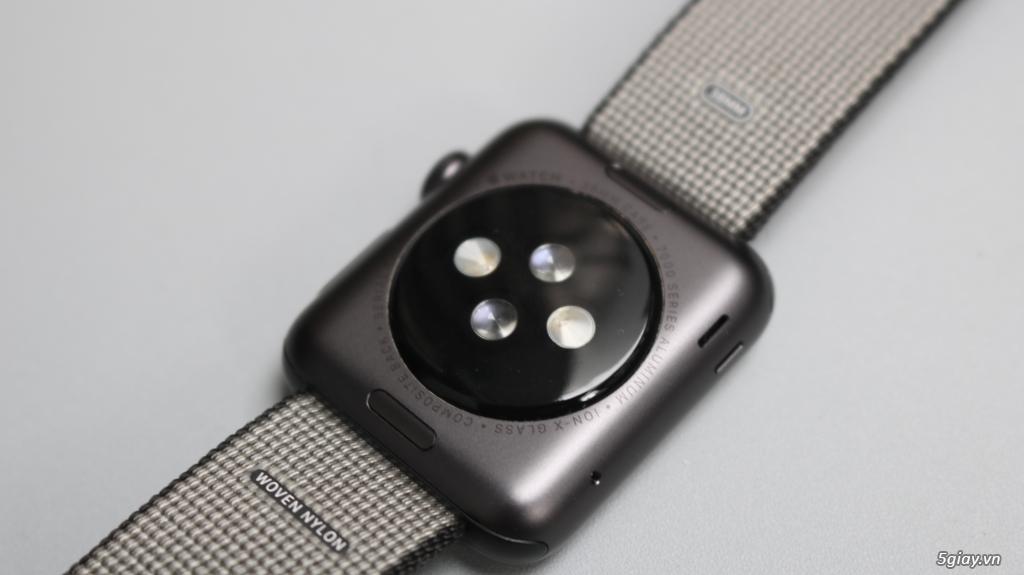 Vài em Apple watch 38mm 2015 - 13