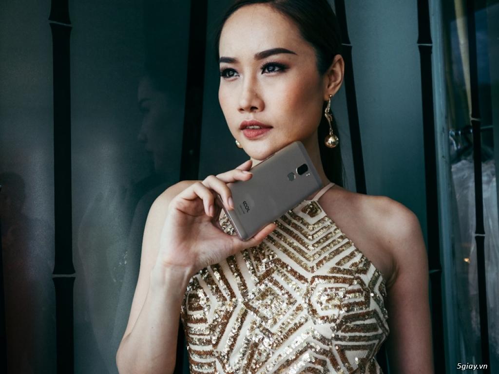 Ai đẹp hơn: người mẫu hay smartphone Coolpad Cool Dual? - 192032