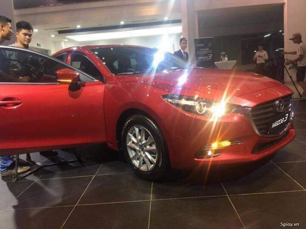 Mazda Bình Tân bán Mazda 3 sedan 2017, đủ phiên bản, mới 100%