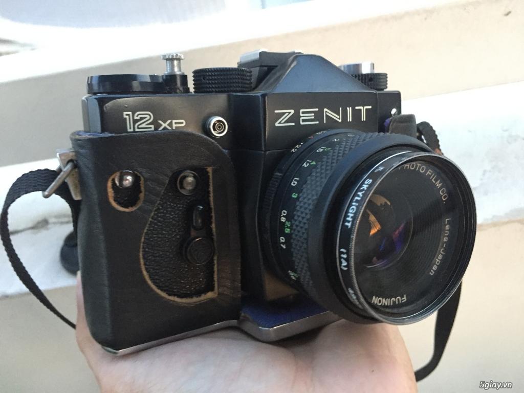 Máy ảnh cơ chụp film ZENIT 12XP kèm lens và bao da