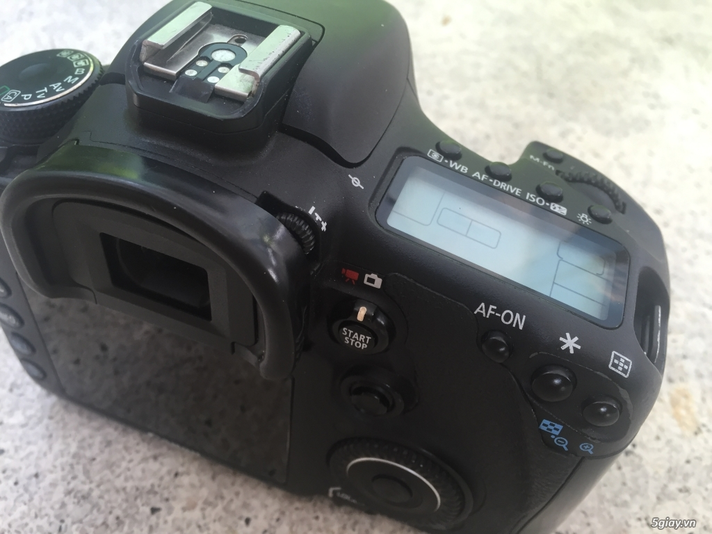 Canon 7D mới 98% - 2