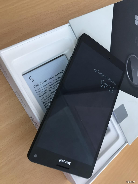 Lumia 950 đen - 1