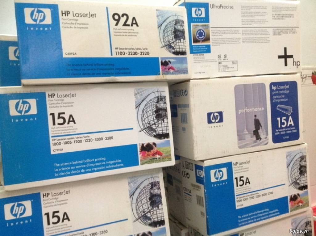 Mực in HP 15A Black Original LaserJet Toner Cartridge (C7115A)