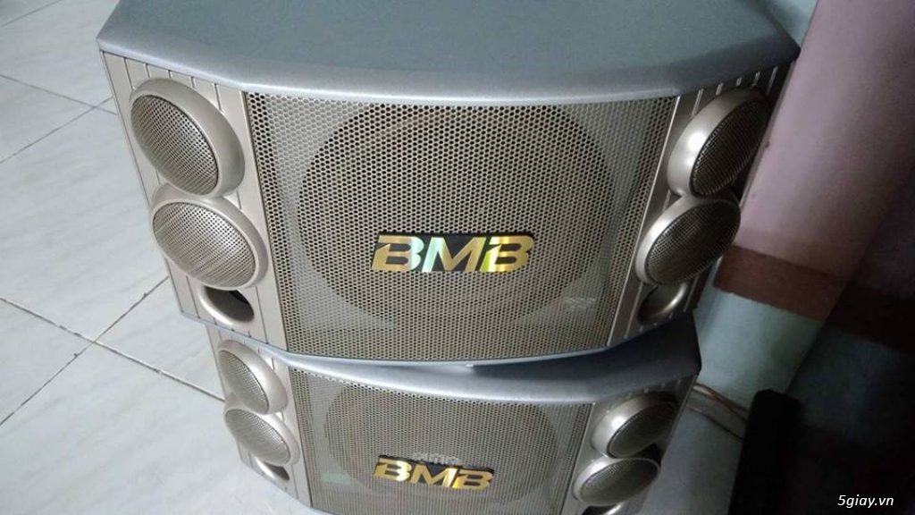 loa BMB nhập khẩu japan mới mua , nguyên thùng còn bảo hành gần 3 năm