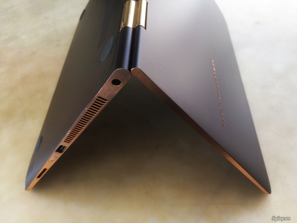 HP ZBook 15U G3, Core i7-6600U, 8G-SSD512, AMD Radion R7 350M, 99% - 6