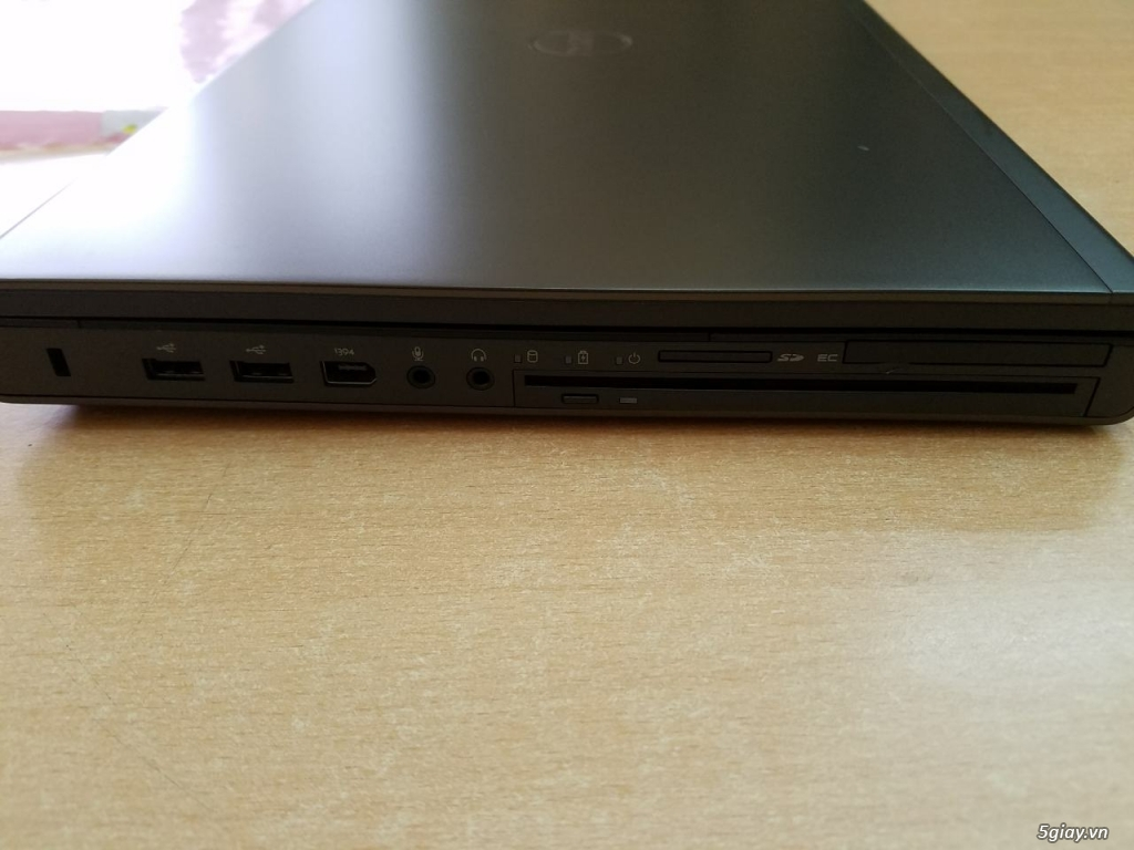 Máy trạm Dell Precision M6700 i7 xach tay như mới hàng Us - 1