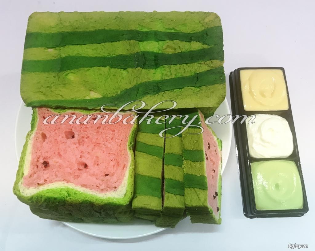 Bánh Dưa Hấu thơm mát cho ngày hè nóng bức (Mua 1 tặng 10)