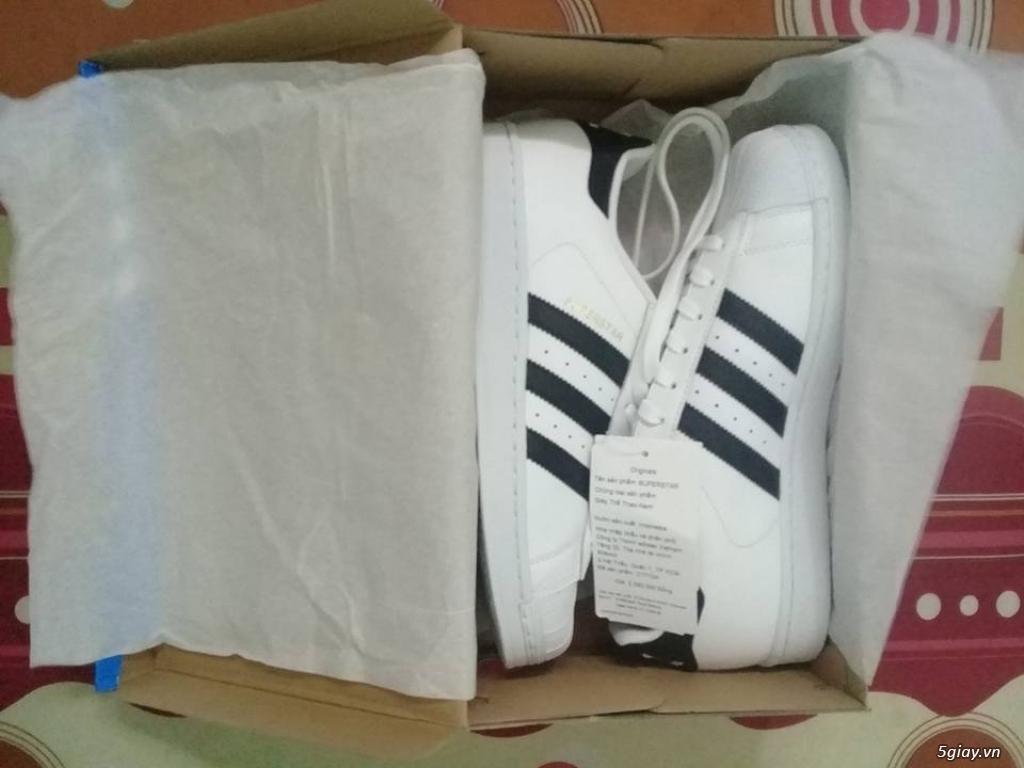 Bán giày Adidas Superstar hàng chất giá hợp lý.