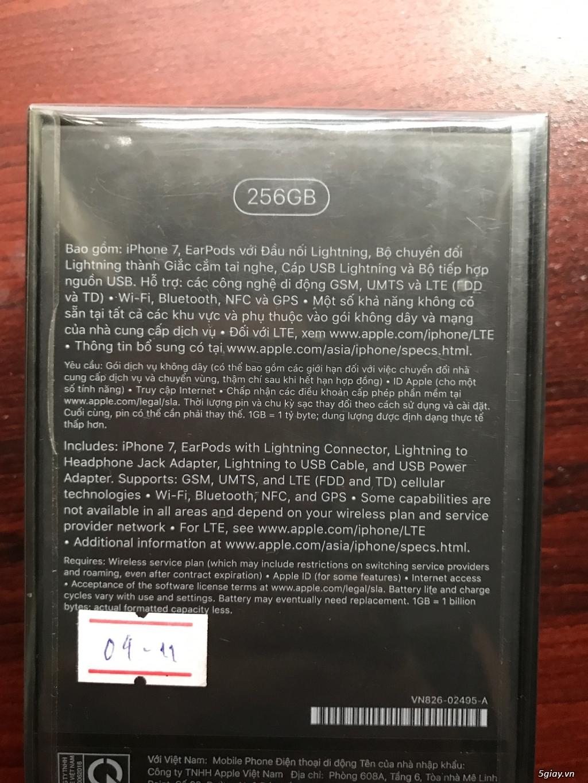 Iphone 7 Jet Black chính hãng 256gb mới nguyên seal cần bán - 1