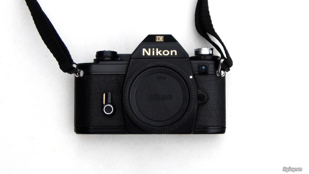 Thách cưới Nikon EM & lens Super Takumar 55 1.8