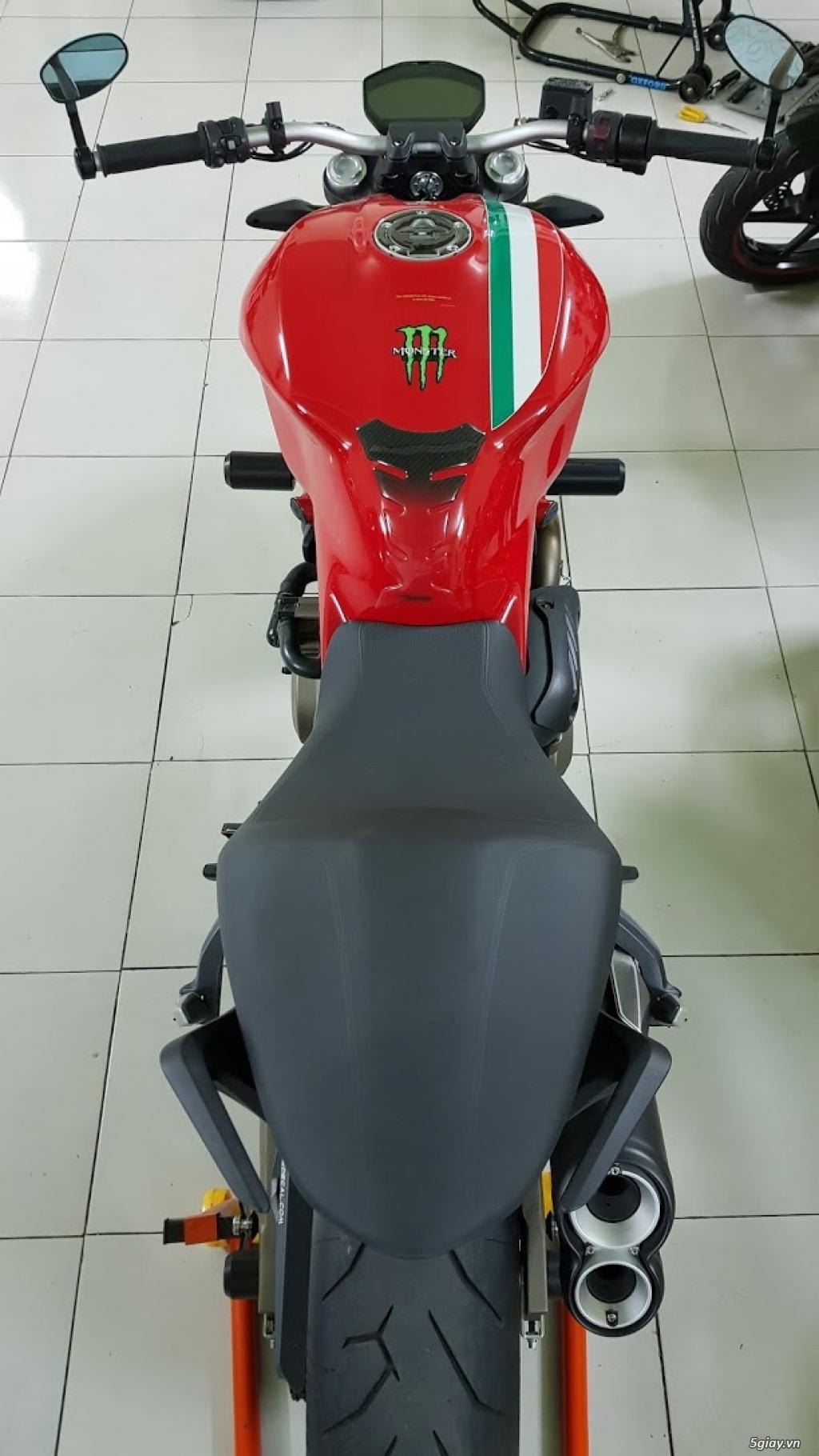 Ban Ducati Monster 821 ABS thang 52017 chinh hang Saigon so VIP - 3