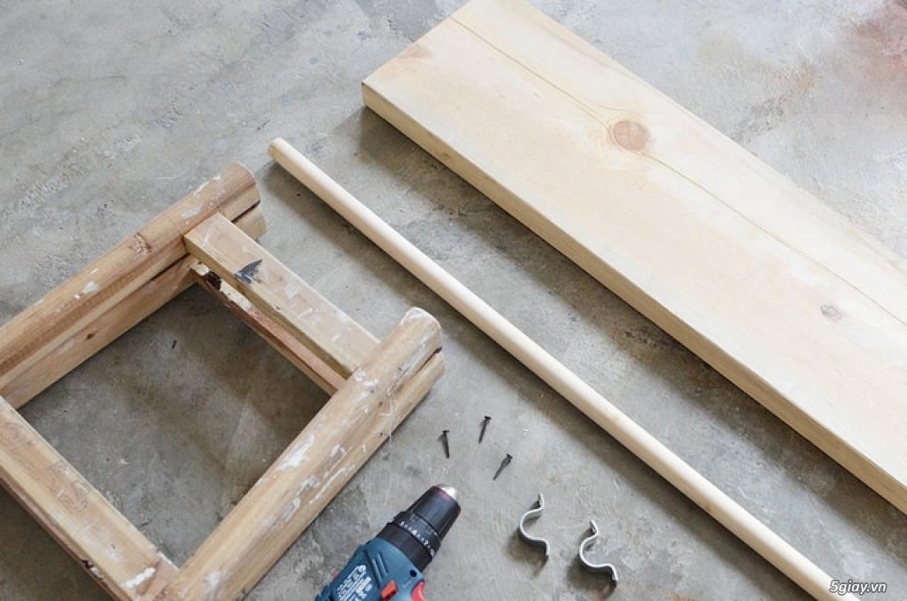 Sáng tạo giá treo quần áo từ thang gỗ - 207973