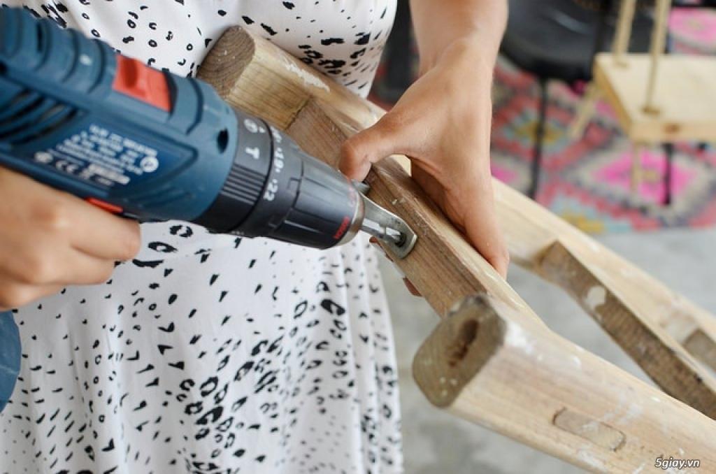 Sáng tạo giá treo quần áo từ thang gỗ - 207975