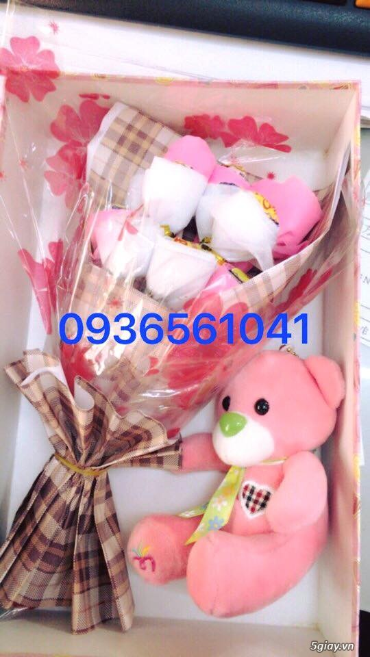 bó hoa kẹo mút cực cute