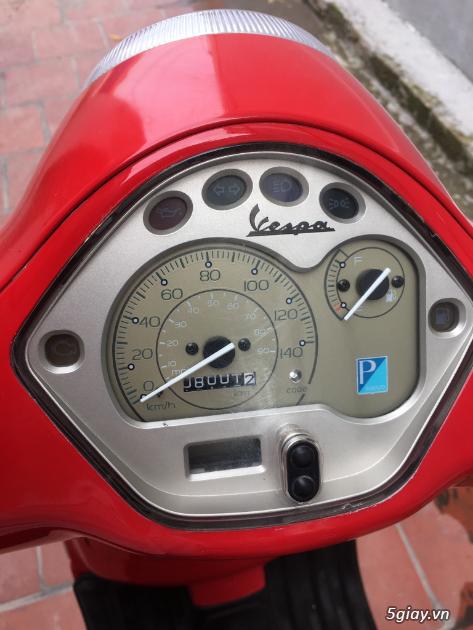 Vespa LX 2012 màu đỏ may mắn