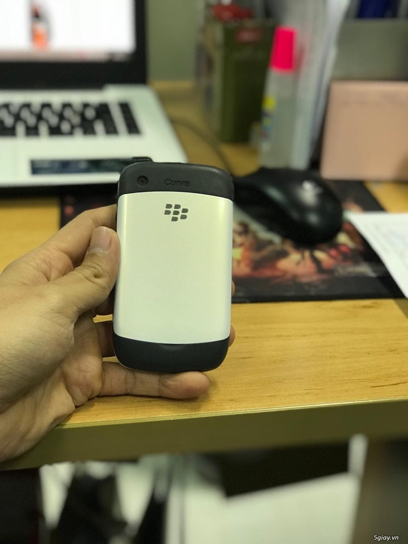 Cần bán blackberry 8520 trắng - 2